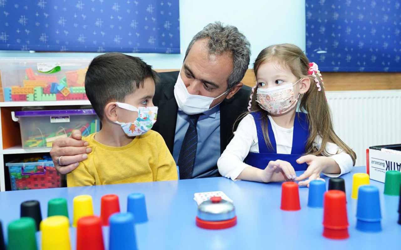 Milli Eğtim Bakanı Mahmut Özer açıkladı! Yeni dönem başladı yaş düşüyor