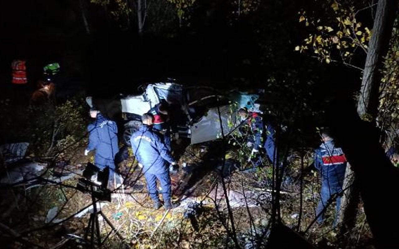 Tokat'ta kontrolden çıkan kamyonet 100 metreden uçuruma yuvarlandı: 3 ölü, 1 yaralı