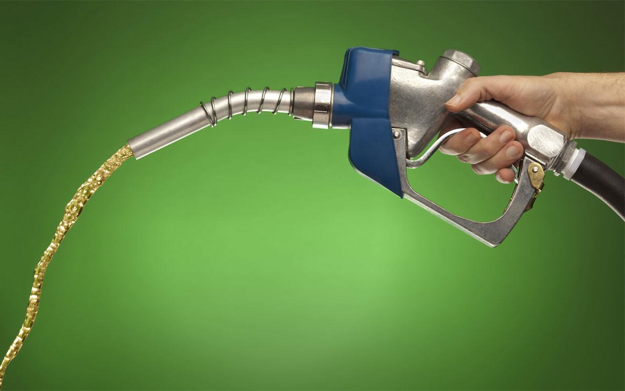Benzin fiyatlarına 24 saatte ikinci zam! Dün 44 kuruş zamlanmıştı bugün 28 kuruş daha geldi
